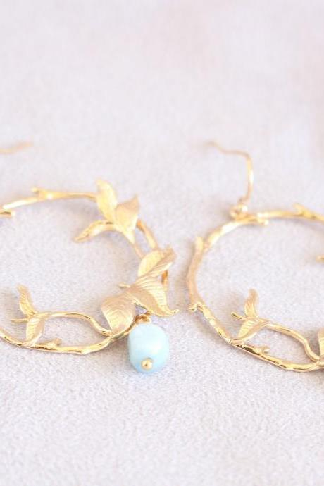Blue wedding earrings for brides, gold color earring, aquamarine earrings gold, march birthstone earrings gold