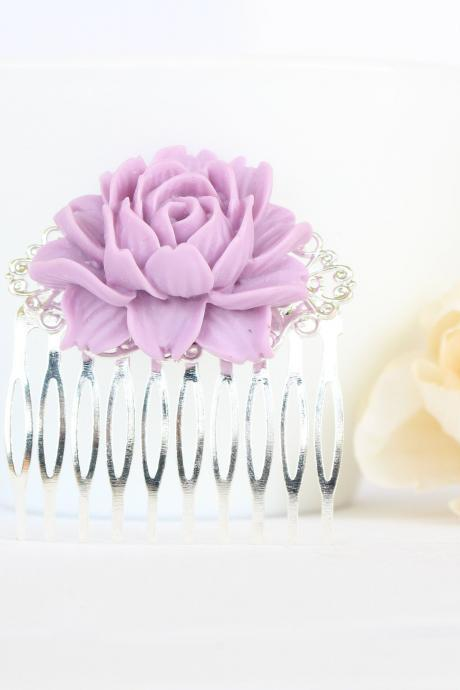 Lavender hair comb, lilac wedding hair piece, purple wedding hair accessories, simple flower comb for bride, floral comb wedding