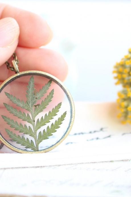 Pressed flower fern necklace, real fern necklace, pressed plant jewelry, rustic necklace for her, vintage jewelry necklace