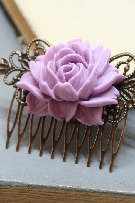 Purple hair comb, Lavender hair flower, decorative hair comb,dusty rose wedding comb, bridal hair comb flower, flower hair comb wedding