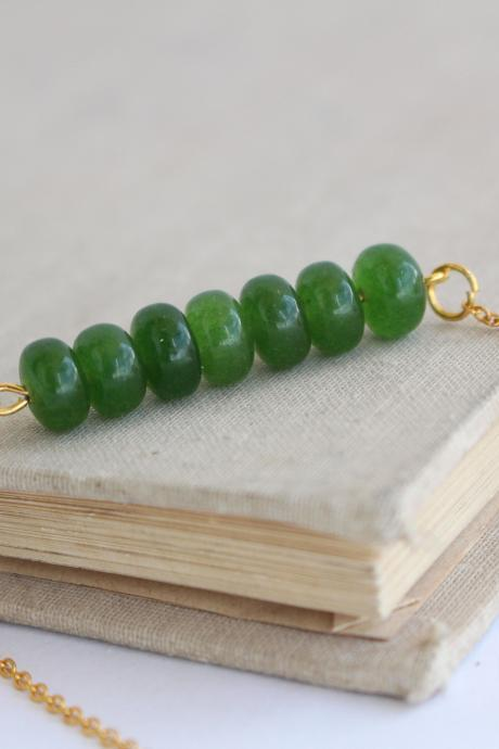 Emerald minimalist necklace, green minimalist necklace, minimalist necklace gold, green emerald necklace, emerald stone gold necklace