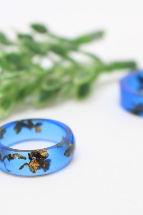 Navy blue ring, cobalt blue ring, stackable rings resin, resin ring blue, blue resin ring, unique rings for her, ring size 5.25