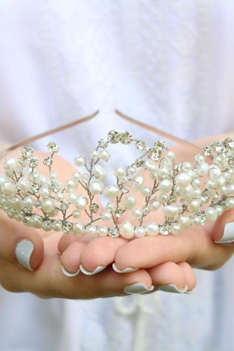 Wedding tiara silver, Bridal tiara pearl silver, crystal crowns and tiaras, wedding hair accessories pearl , crown for bride gifts