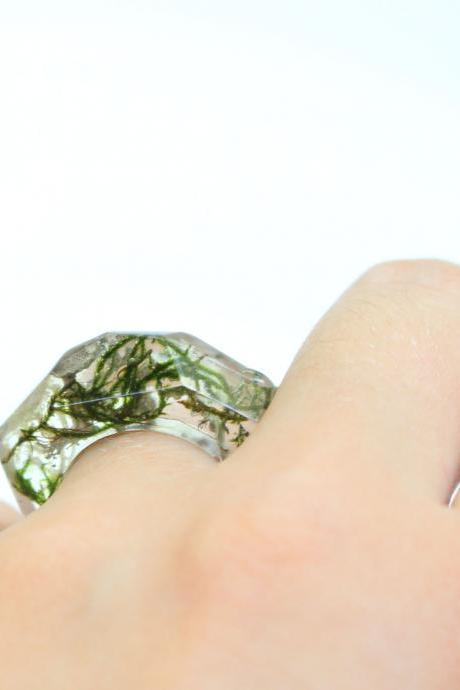 Moss resin ring, ocean resin rings, unique rings, living plants jewelry, green moss jewellery, clear resin ring dried flowers Armenian gift